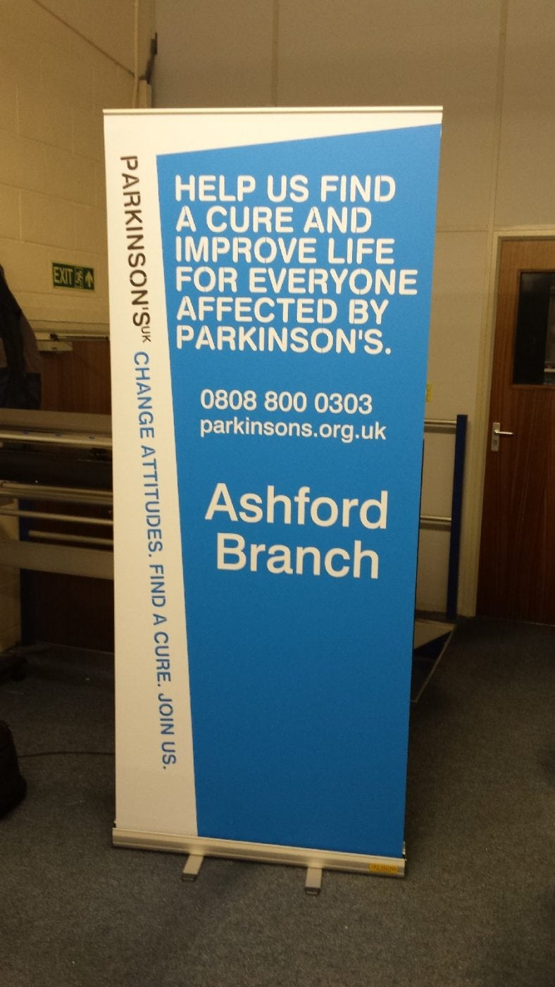 Roll-up-banner-signs-01